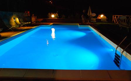 Iluminacion para piscinas en madrid instalacion de for Iluminacion led piscinas