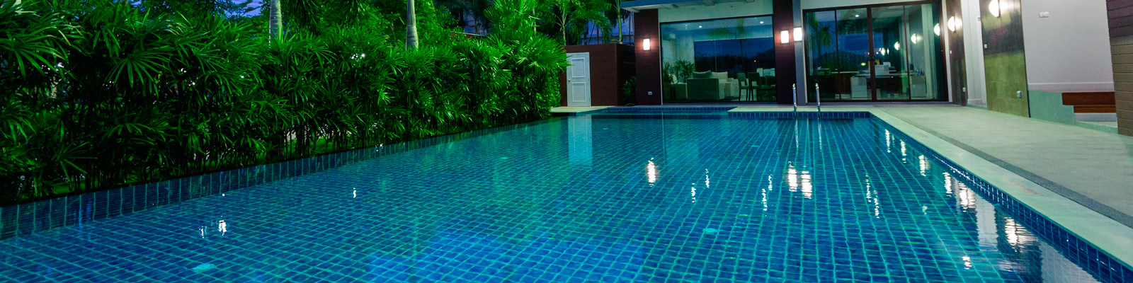 Mantenimiento de piscinas en madrid climatizacion de for Depuradoras de piscinas